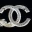 พร้อมส่ง Chanel Brooch เข็มกลัดชาแนล เพชรปาเกสทั่วหลังตัวประดับด้วยเพชรอย่างดี thumbnail 3