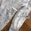 ชุดเดรสเกาหลี พร้อมส่งเดรสผ้าลูกไม้แขนชีฟองสีขาวสไตล์เฟมินีน thumbnail 6