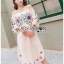 ชุดเดรสเกาหลีพร้อมส่ง เดรสผ้าป่านคอตตอนปักลายดอกไม้ทรงสายเดี่ยวเปิดไหล่ thumbnail 4