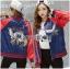 เสื้อผ้าเกาหลี พร้อมส่งบอมเบอร์แจ๊คเก็ตผ้าซาตินปักลายสีสดใส thumbnail 5