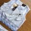 เสื้อผ้าเกาหลี พร้อมส่งเซ็ตเสื้อแขนกุดและกางเกงขาสั้นสีขาวปักตกแต่งลายสีฟ้า thumbnail 10