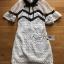 ชุดเดรสเกาหลีพร้อมส่ง เดรสผ้าลูกไม้สีขาว-ดำตกแต่งปกและริบบิ้นสไตล์เพรบพี้ thumbnail 6