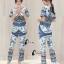 เสื้อผ้าเกาหลี พร้อมส่งVers@ce Line Printing Top + Pant Set thumbnail 4