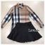 เสื้อผ้าเกาหลีพร้อมส่ง เสื้อเชิ้ตแขนยาวคอปกลายสุดคลาสสิคมาคู่กางเกงกระโปรงขาสั้น thumbnail 3