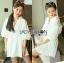 เสื้อผ้าเกาหลี พร้อมส่งเชิ้ตเดรสผ้าคอตตอนสีขาวตกแต่งลูกไม้สไตล์มินิมัลชิค thumbnail 3