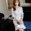 ชุดเดรสเกาหลี พร้อมส่งเดรสผ้าลูกไม้สีขาวสไตล์วินเทจ thumbnail 3