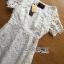 ชุดเดรสเกาหลี พร้อมส่งเดรสยาวผ้าลูกไม้สีขาวตัดต่อผ้าทูลล์สุดคลาสสิก thumbnail 12