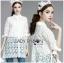 เสื้อผ้าเกาหลี พร้อมส่งเชิ้ตเดรสผ้าลูกไม้สีขาวประดับโบที่แขนเสื้อสไตล์มินิมัลสุดหวาน thumbnail 5
