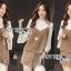 เสื้อผ้าเกาหลี พร้อมส่งเสื้อสายเดี่ยวกำมะหยี่ทับเสื้อแขนบานสีขาวและกระโปรงกำมะหยี่ thumbnail 2