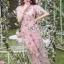 ชุดเดรสแฟชั่น พร้อมส่งเดรสผ้าทูลเลปักดอกไม้กุหลาบสีชมพูทับลูกไม้สีชมพู thumbnail 1