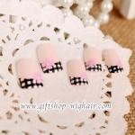 เล็บปลอมเพนท์ลายดอกไม้ติดเพชรน่ารัก (Lovely Nails)กล่องละ24ชิ้น (พร้อมกาวอย่างดี1หลอด)