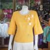 เสื้อผ้าฝ้ายสุโขทัยแต่งลูกไม้ปักมุก สีเหลือง ไซส์ M