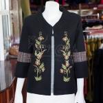 เสื้อคลุมผ้าทอสีดำแต่งงานปักลายดอกไม้ ไซส์ L