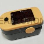 ChoiceMMed Fingertrip Oximeter เครื่องวัดออกซิเจนปลายนิ้ว MD300C1