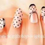 เล็บปลอมแฟชั่นลายจุดสไตล์เกาหลี (Beautiful nails) กล่องละ24ชิ้น