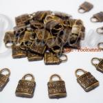 จี้อะคริลิค ลายแม่กุญแจ สีทองเหลือง (135 กรัม)