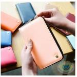 กระเป๋าสตางค์ Crown Zip Smart Wallet
