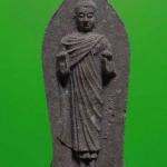 พระพุทธนราวันตบพิธ วัดพระแก้ว ปี 2542 มวลสารสำคัญ ผงพระราชทาน มวลสารสำคัญ ผงพระราชทาน เส้นพระเกศา(ผม)ในหลวง จีวรครองในหลวง ผงจิตรลดา มวลสารสำคํญ 143 วัด และจากที่ประสุติ ตรัสรู้ ปรินิพาน