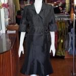 ชุดเสื้อกระโปรงผ้าไหมแพรทองเนื้อเงาสีดำ ไซส์ XL