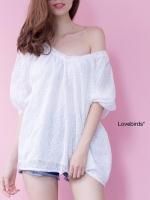 เสื้อคอวีลายดอกสีขาว