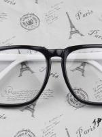 แว่นตาแฟชั่นเกาหลี กรอบสี่เหลี่ยมดำขาว (พร้อมเลนส์)