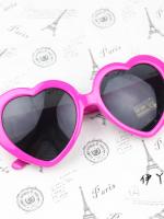 แว่นตากันแดดแฟชั่นเกาหลี กรอบหัวใจสีชมพูเข้ม