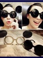 แว่นตากันแดดแฟชั่นเกาหลี แว่นกันแดดมิกกี้เม้าส์ กรอบขาวเลนส์ด้านในสีใส เลนส์ด้านนอกสีดำ