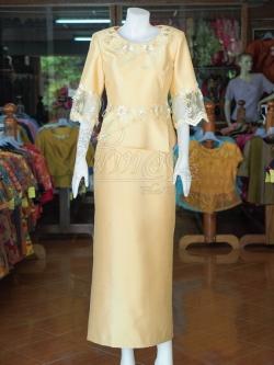 ชุดเสื้อกระโปรงผ้าไหมแพรทองแต่งลูกไม้ สีครีม ไซส์ 2XL