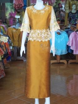 ชุดเสื้อกระโปรงผ้าไหมแพรทองแต่งลูกไม้ ไซส์ 2XL