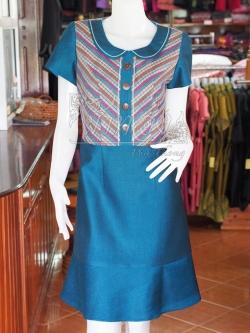 เดรสผ้าฝ้ายสุโขทัยแต่งผ้ามุกสายรุ้ง ไซส์ M