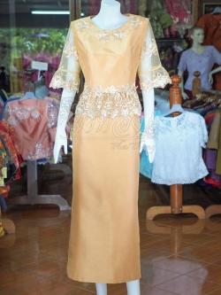 ชุดเสื้อกระโปรงผ้าไหมแพรทองแต่งลูกไม้ สีทองอ่อน ไซส์ L