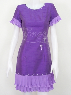 เดรสผ้าไหมแพรทองสีม่วงแต่งผ้าชีฟองอัดพลีท ไซส์ S