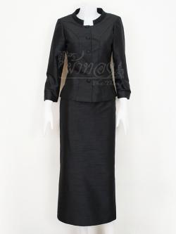 ชุดเสื้อกระโปรงผ้าไหมแพรทองสีดำ คอพระราชทาน ไซส์ M