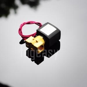 """โซลินอยด์วาล์วทองเหลือง N/C 220V AC 3/8"""""""