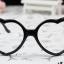 แว่นตาแฟชั่นเกาหลี กรอบหัวใจสีดำ (ไม่มีเลนส์) thumbnail 1