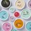 ไอเดียสำหรับการพิมพ์ สติ๊กเกอร์ฉลากสินค้า // สไตล์การออกแบบ ดีไซน์แบบการใช้สีสันที่สดุดตา น่าสนใจ ฉลากไว้ใช้สำหรับ แปะกับแพคเกจถ้วยไอศกรีม thumbnail 1