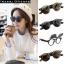 แว่นตากันแดดแฟชั่นเกาหลีสีดำขอบทอง สไตส์ทันสมัยเปิดเลนส์ได้ thumbnail 1