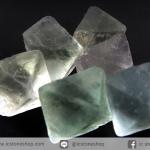 หินฟลูออไรต์ (Fluorite) ธรรมชาติทรงพีระมิคคู่ 6 ชิ้น(18g)