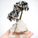 ต้นไม้มงคล หินไหมดำ ฐานควอตซ์ ใช้เสริมฮวงจุ้ย โต๊ะทำงาน (543g)
