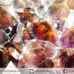 อเมทิสต์-ฮีมาไทต์ (Amethyst with Hematite) บราซิล ตั้งโต๊ะ-พร้อมฐานกระจก (86G)