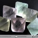 หินฟลูออไรต์ (Fluorite) ธรรมชาติทรงพีระมิคคู่ 6 ชิ้น(20g)