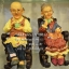 ของขวัญวันครบรอบ ตุ๊กตาเรซิ่นตายายนั่งดื่มชา thumbnail 1