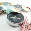 เข็มทิศ Love Compass ผูกพู่ห้อยคละสี (แพ็คถุงใส)