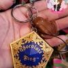 พวงกุญแจ+ที่ห้อยโทรศัพท์ กบช็อกโกแล็ต