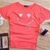เสื้อยืดสีแดงอมชมพู สกรีนรอยยิ้ม Smile and Love สวยเท่ห์