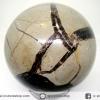 ▽หินมังกร - เซ็ปแทเรี่ยน Septarian (Dragon stone) หินทรงกลม-มีตำหนิ (8.3 cm.,811g)
