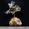 ต้นไม้มงคล หินควอตซ์ใส (Clear Quartz) -ฐานควอตซ์ ใช้เสริมฮวงจุ้ย โต๊ะทำงาน (360g)