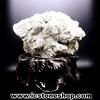 เพชรหน้าทั่งขนาดใหญ่ หรือกลุ่มไพไรต์ pyrite (1.3 Kg)