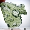 สะเก็ดดาวสีเขียว โมลดาไวท์ (Moldavite) 5.98ct.