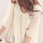 เสื้อทำงานสตรี สีขาว คอบัว อัดพลีดด้านหน้า แขนสามส่วน